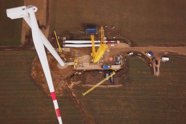 01-wind-turbine